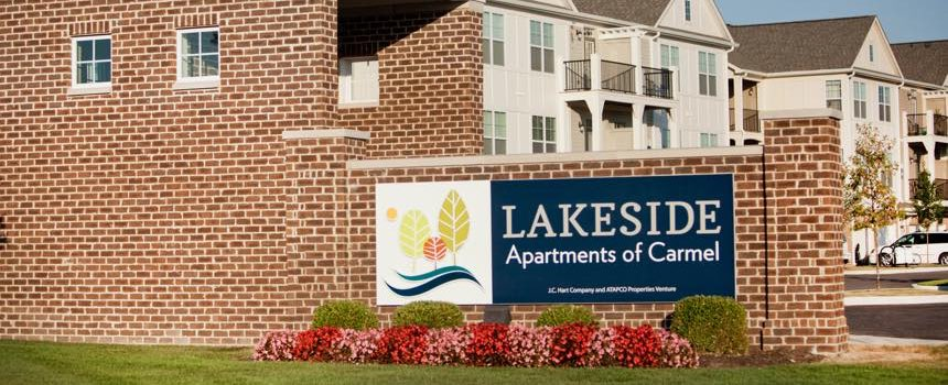 Lakeside Apartments in Carmel Entry
